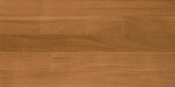 iroko per pavimento in legno parquet e riscaldamento a pavimento radiante a Chirignago Mestre Venezia