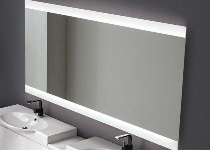 specchio da bagno vela retroilluminato con led negozio a Venezia Mestre Chirignago