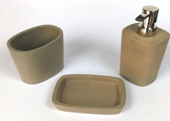 accessori bagno in cemento marrone negozio a Venezia Mestre Chirignago