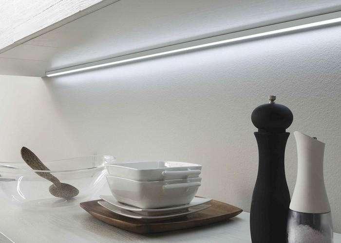 barra luci led per mobili da cucina negozio a Venezia Mestre Chirignago