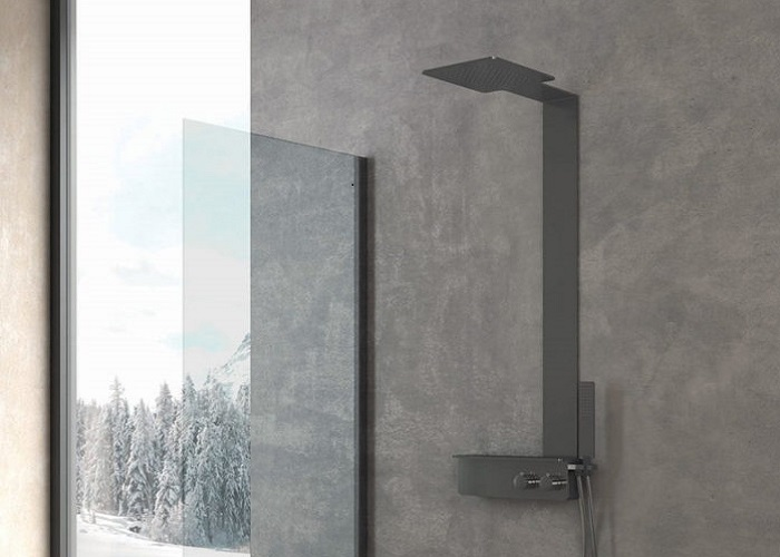 colonna doccia in acciaio