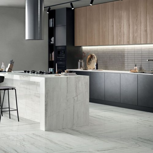 cucina gres porcellanato effetto marmo